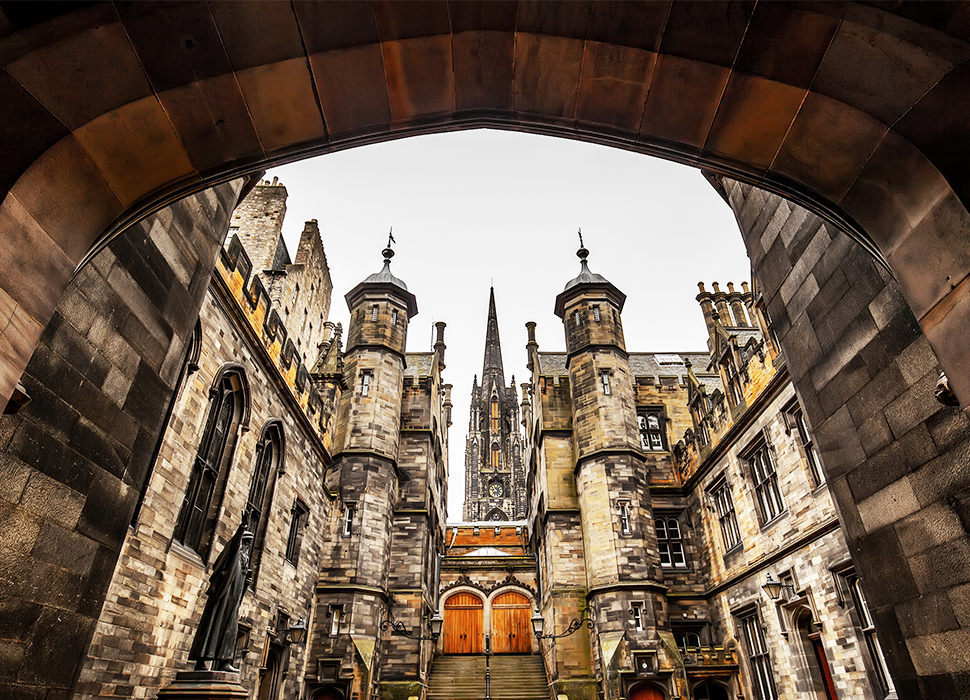 Edinburgh's Old Town is famous for its Georgian period architecture / Image: Adobe Stock
